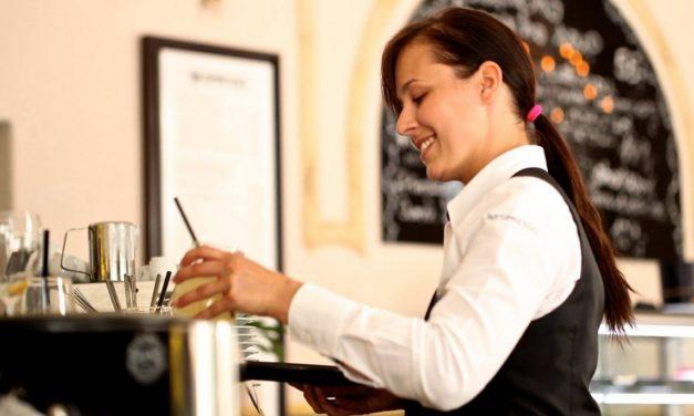 Hotelería y Gastronomía: Evolución del Empleo Registrado en Argentina entre 1995 y 2015